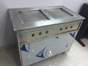 Máy làm kem cuộn Thái Lan 2 chảo vuông 2 lốc máy Hà Nội